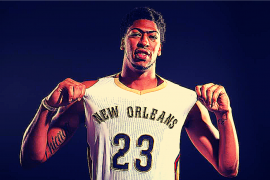 Anthony Davis Shows off his jersey